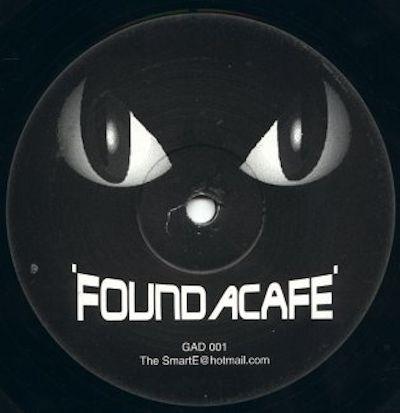 Alieneye - Found A Cafe